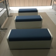 2015 - Banquettes en composites avec assise en simili cuir